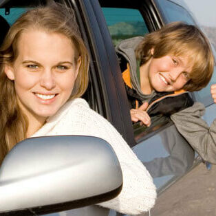 mom-driving